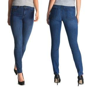 Levi's Mid Rise Bootcut Mom Jeans Sz Misses 4